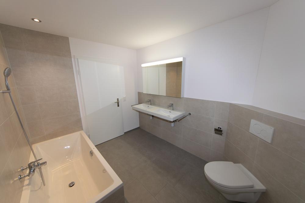 Badezimmer im Weitwinkel